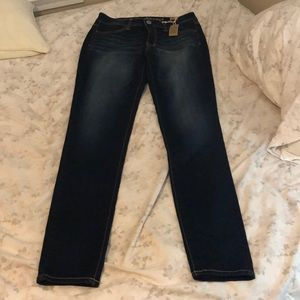 American Eagle Outfitters Jeans - American Eagle Super Skinny Jeans Size 8